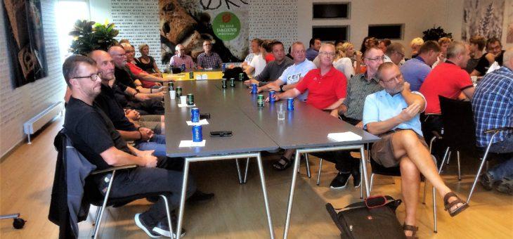 Super OB aften hos Lantmannen med 54 deltagere der af en veloplagtHenning Winther