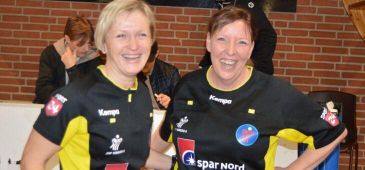 Lene og Lene blev det første kvindelige dommerpar i HKØ